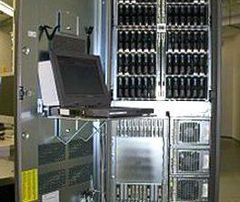 220px-EMC_Symmetrix_DMX1000_Front